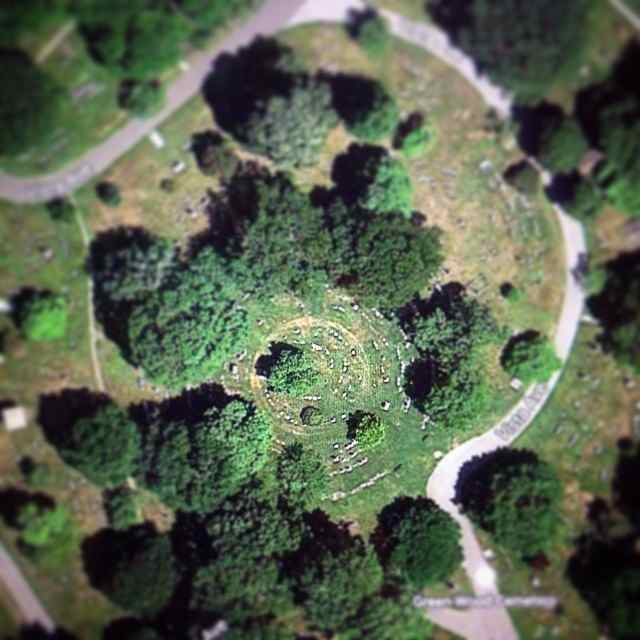 krystlhall i was googling an address in brooklyn and became fascinated with the satellite views of greenwood cemetery